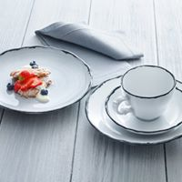 Tabletop – White Porcelain